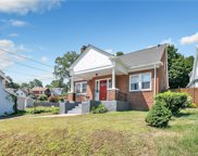 42 Forest  Road, West Haven image