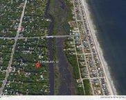 21 &1/2 20 Sw 4th Street, Oak Island image