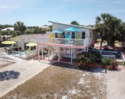 633 E Gorrie Dr, St. George Island image
