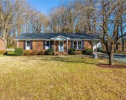 1344 Willow Oak Drive, Burlington image