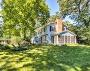 19 N Maywood Road, Lake Forest image