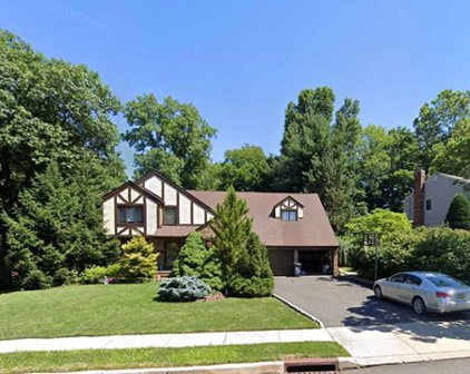 49 Wilson Place, Closter