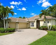 8536 Laurel Lakes Blvd, Naples image