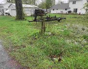 60 Lane 124, Lagrange image