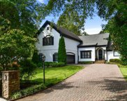 125 Bayvale Court, Sandy Springs image