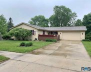 4404 S Glenview Rd, Sioux Falls image