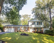 5372 View Point Ct, Sykesville image