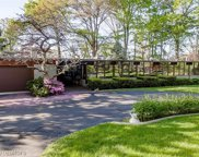 3201 W Shore Dr, Orchard Lake image