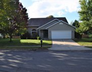 831 Forest View Dr, Verona image