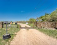 1033 Flying X Road, Spicewood image
