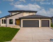 7417 E Twin Pines Ct, Sioux Falls image