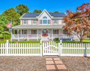 21 Briana Ct, East Moriches image