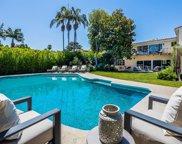 712 WALDEN Drive, Beverly Hills image