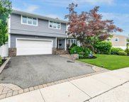 90 Country  Drive, Plainview image