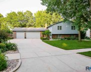 4200 S Woodwind Ln, Sioux Falls image