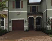 3274 W 104th Ter, Hialeah image