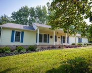 663 Lakeside Dr, Springfield image