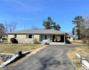 7 Perkins Rd, Fayetteville image