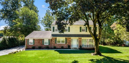 307 Beechtree Dr, Broomall