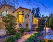 3261  Oakshire Dr, Los Angeles image
