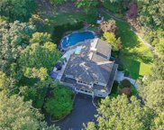 39 Laurel Cove  Road, Oyster Bay Cove image
