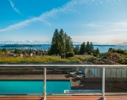 2035 Russet Way, West Vancouver image