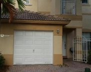 827 Nw 170th Ter, Pembroke Pines image