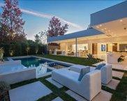 420  Evelyn Pl, Beverly Hills image