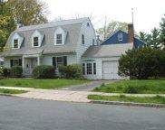 165 Robin  Road, West Hartford image