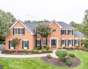 1709 Raleigh Hill Rd, Vienna image