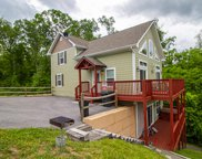 1227 Rocky Point Way, Sevierville image