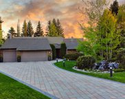 67 Bel-Aire Place Sw, Calgary image
