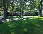 890 Oak Knoll Drive, Lake Forest image