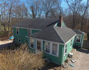76 Perry  Avenue, South Kingstown image