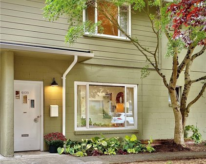 4830 Terrace Drive NE Unit #4830, Seattle