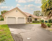 35 SW 111th Ln, Coral Springs image