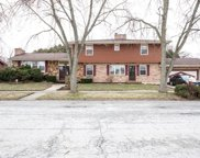 923 East 194Th Street, Glenwood image