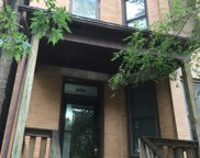 904 West Barry Avenue, Chicago image
