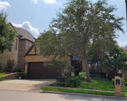 2112 S Hill Drive, Irving image