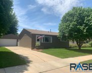 4305 E 8th St, Sioux Falls image