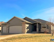 909 W Golden Eagle St, Sioux Falls image