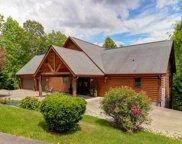 2760 Cedar Falls Way, Sevierville image