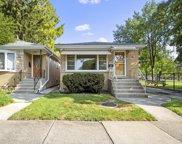 7216 W Greenleaf Avenue, Chicago image