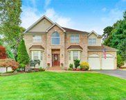 29 Timber Ridge  Dr, Hauppauge image