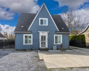 822 Valley Ave E, Sumner image
