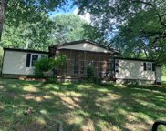 575 Templow Rd, Bethpage image