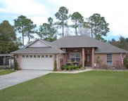 5565 Whispering Woods Dr, Pace image