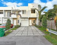 7113 NW 103rd Path, Doral image