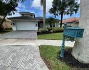 2012 Harbor View Cir, Weston image
