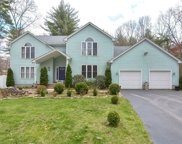 33 Whispering Pine Dr, West Brookfield image